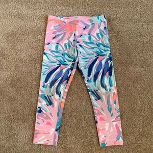 Lilly Pulitzer girls off tropic leggings